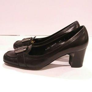 Ferragamo size 7b black leather silver buckle heel
